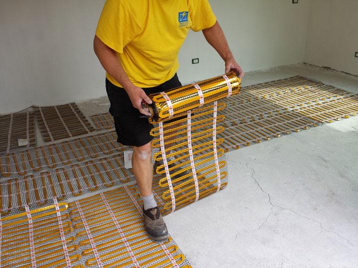 Монтаж теплого пола электрического в деревянном доме